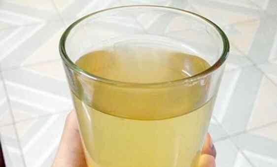 蜂蜜的作用与功效禁忌 蜂蜜水的作用与功效及禁忌