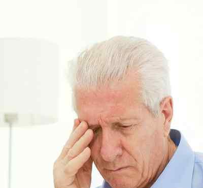 下眼睑肿痛 下眼睑肿痛是怎么回事