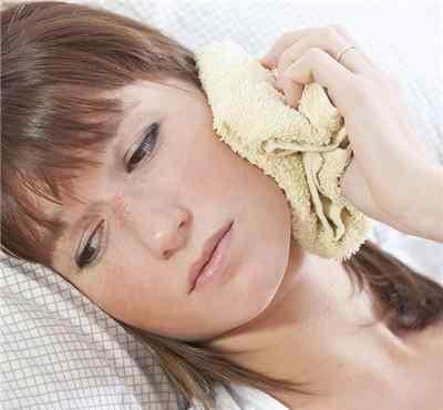 牙齿痛牙龈肿痛怎么办 牙龈肿痛牙齿痛怎么办