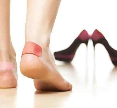 脚大拇指肿痛是怎么回事 脚大拇指肿痛怎么办