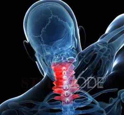 低头脖子疼怎么回事 一低头脖子就疼怎么回事